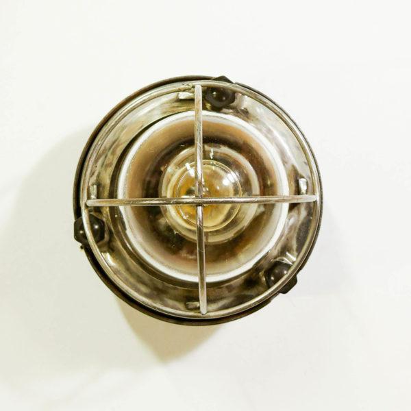applique ronde grillagée fixation bakélite anciellitude