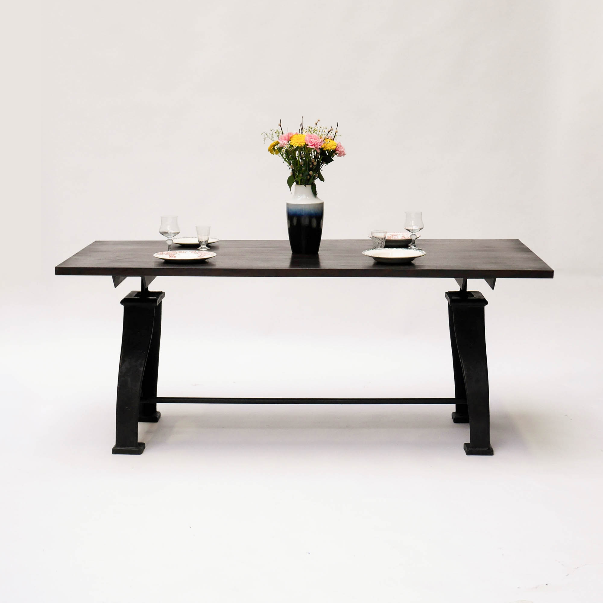 table de salle manger. Black Bedroom Furniture Sets. Home Design Ideas