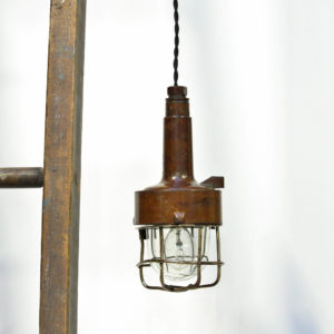 Portable lamp with brown bakelite anciellitude