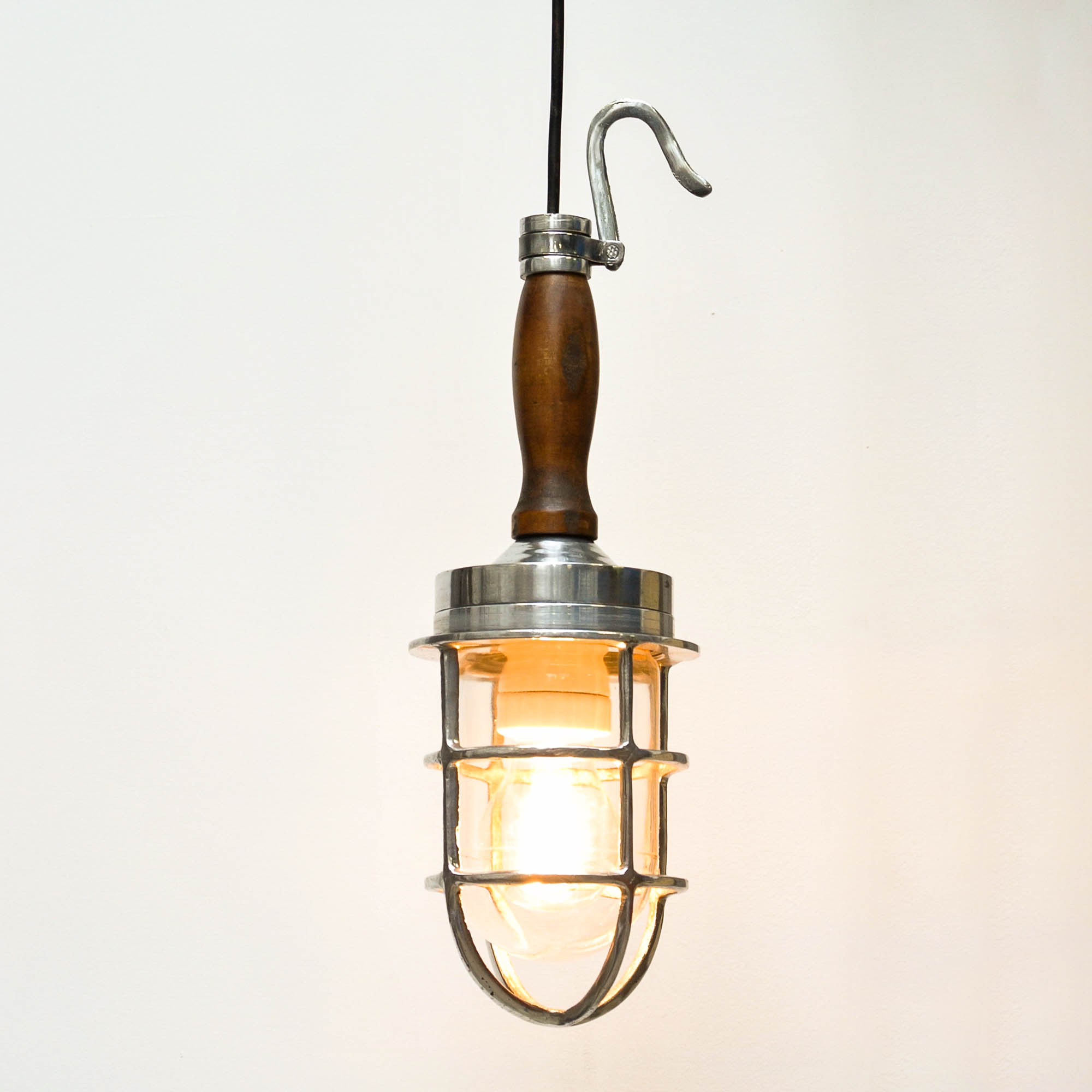 ... Portable Lamp With Wood Handle Anciellitude ...