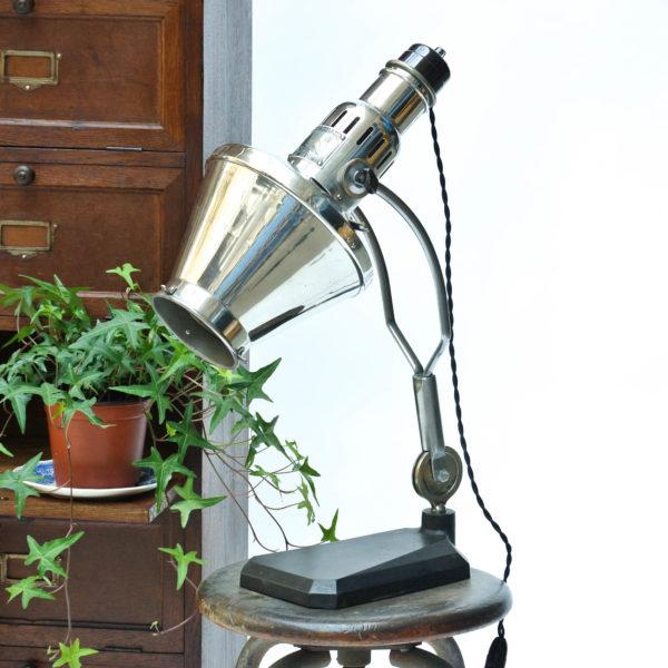 ancienne lampe médicale anciellitude