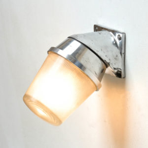 Angled wall light, striped glass anciellitude