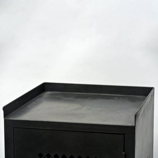 petit meuble de fonderie anciellitude