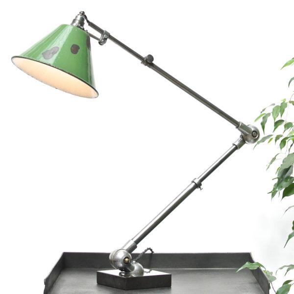 Lampe de bureau articulée anciellitude