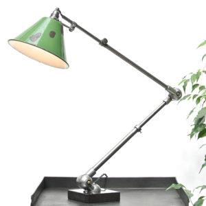 Articulated Desk Lamp anciellitude